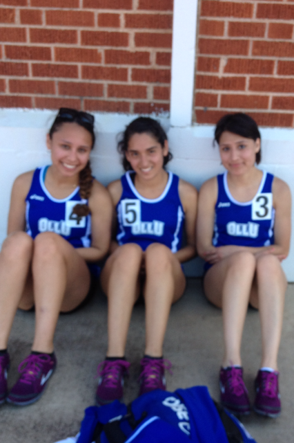 Alex De Luna, Kassie Espinoza and Laura Echeverria participated in conference meet.